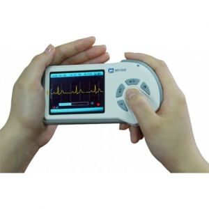 ChoiceMMed MD100E Handheld ECG Monitor (Color Display)